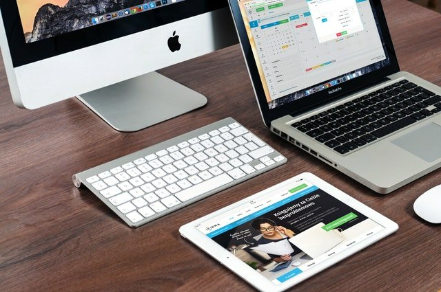 Pastikan Anda tahu jenis hosting, dan jenis layanan yang Anda butuhakan, sebelum memilih hosting yang tepat untuk situs Anda